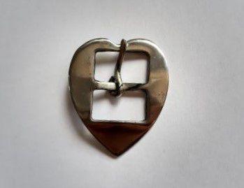 Fivela Coração Feita em Inox P