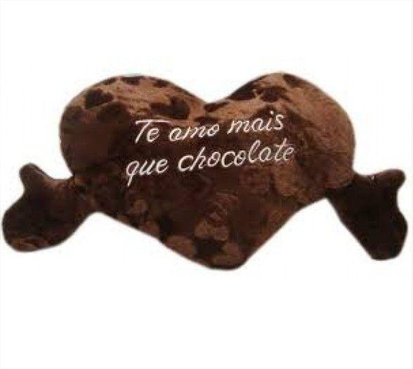 Almofada Coração Te Amo Mais que Chocolate Pelucia Presente Namorados 54x34cm Fizzy