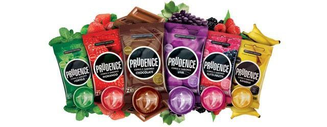 Camisinha Sabores e Cor Preservativo Prudence kit com 10 pacotes