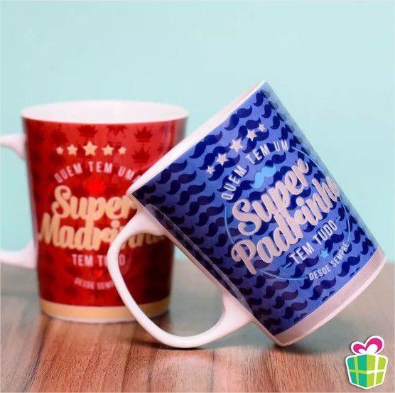 Conjunto 2 Canecas Porcelana Super Padrinhos na Caixa Brasfoot