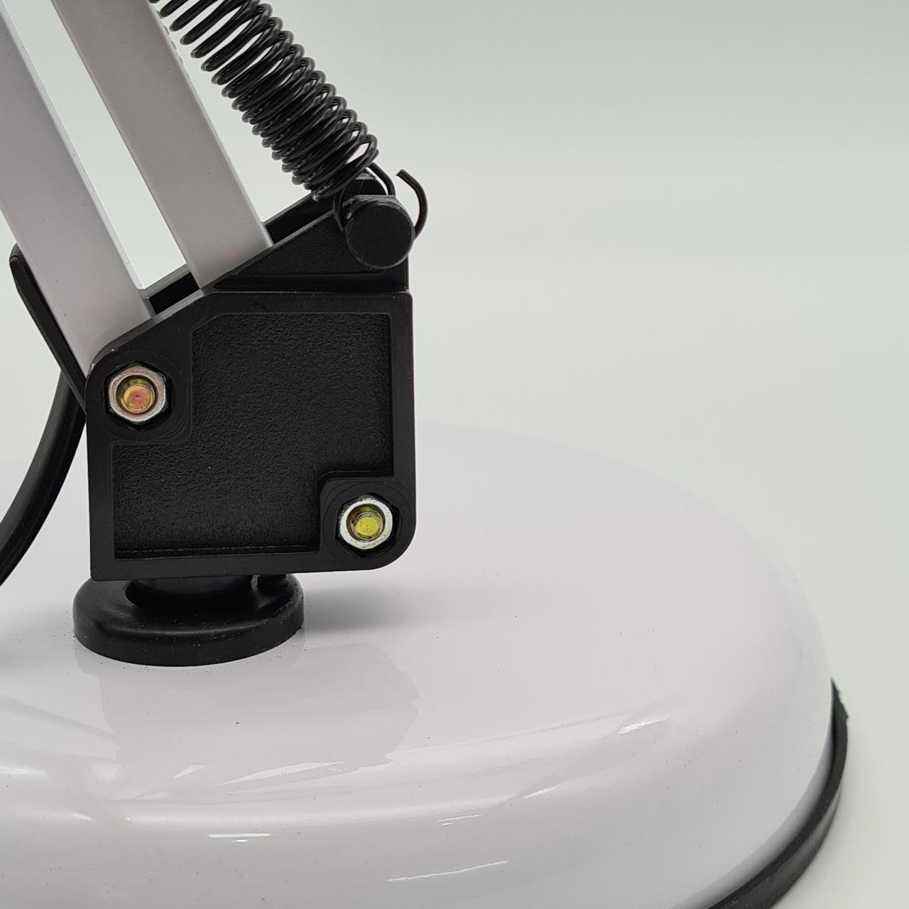 Luminária articulada de mesa - Branca