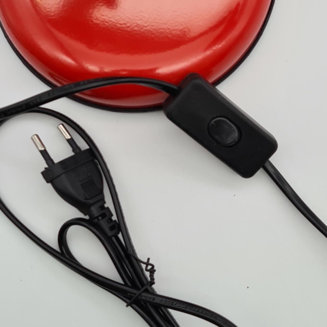 Luminária articulada de mesa - Vermelha