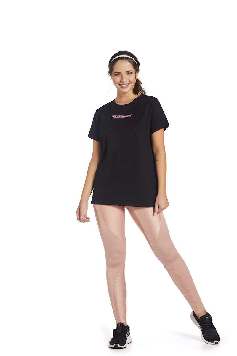 T-shirt Essental  Fit Cor PRETO