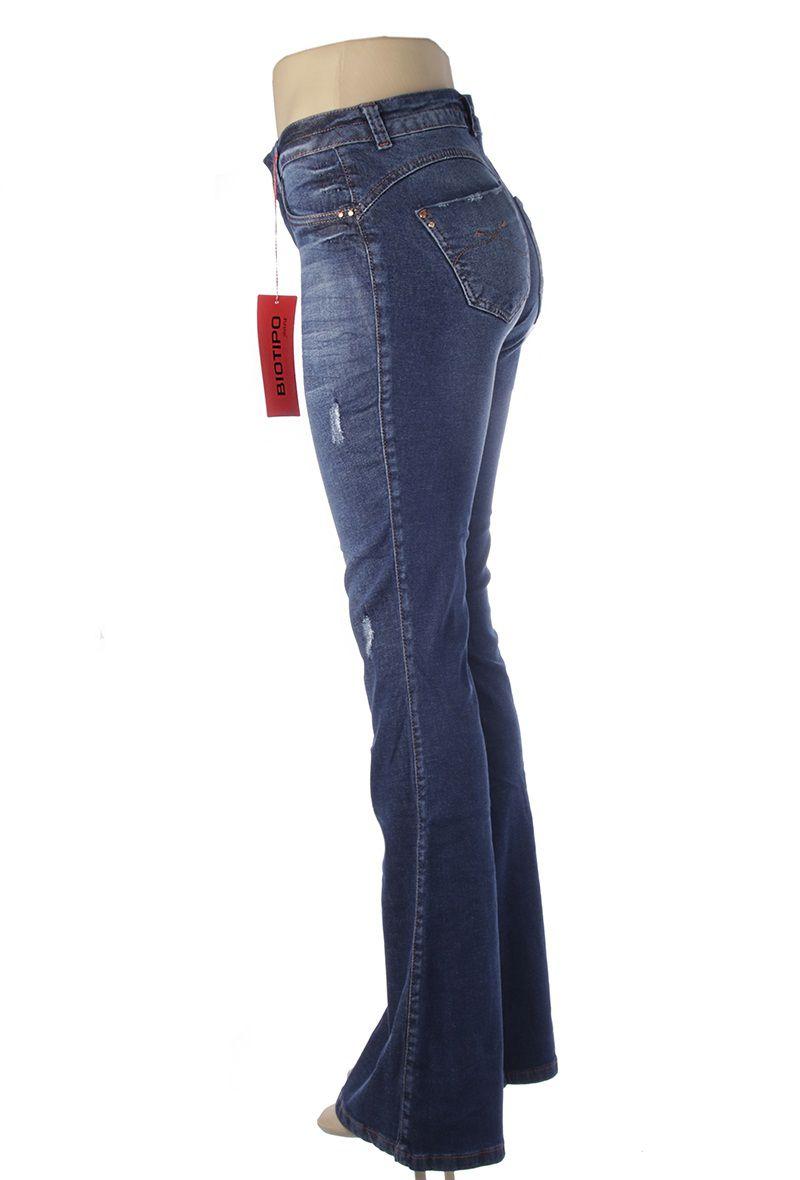 af7c71211 ... Calça Flare Jeans Feminina Azul Cintura Media Biotipo - Shop Original  ...