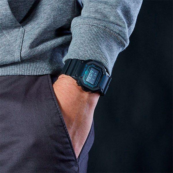 Relógio Casio G-Shock DW-5600BBM-1DR Resistente a choques  - TREINIT