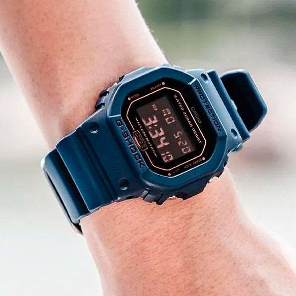 Relógio Casio G-Shock DW-5600BBM-2DR Resistente a choques  - Treinit
