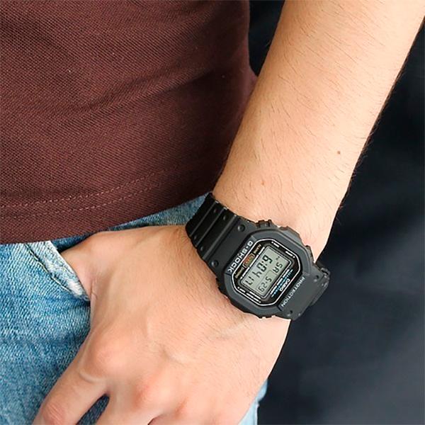 Relógio Casio G-Shock DW-5600E-1VDF Resistente a choques  - TREINIT