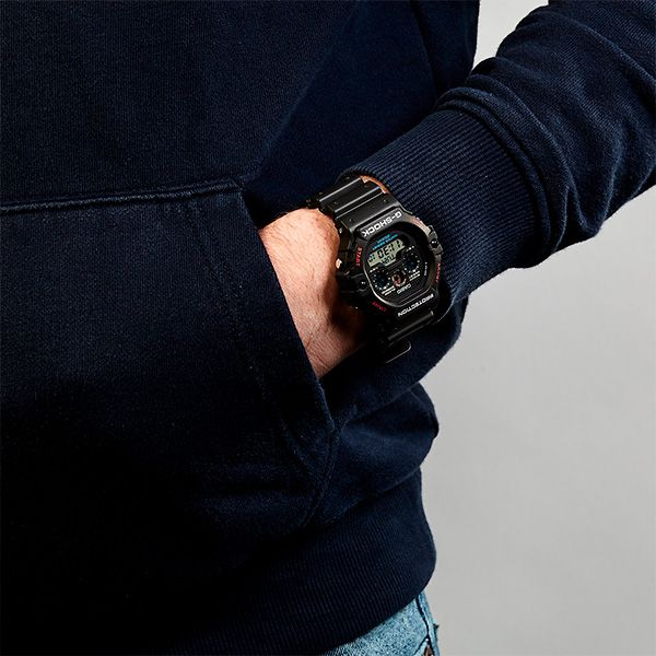 Relógio Casio G-Shock DW-5900-1DR Revival Resistente a choques  - Treinit