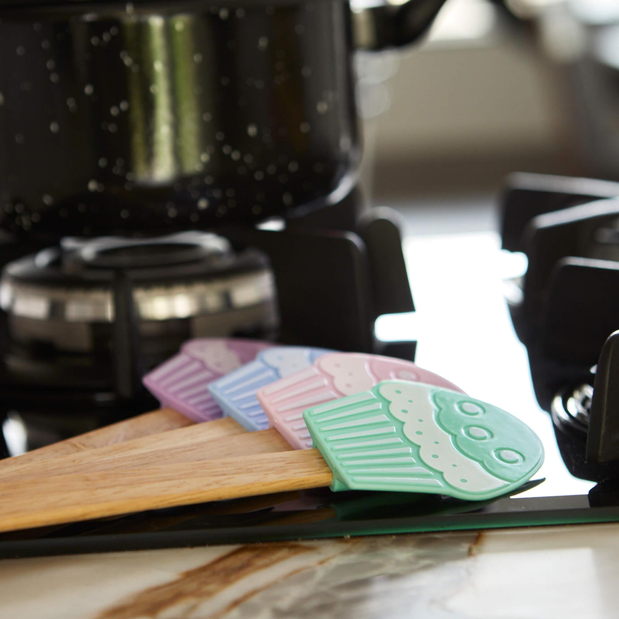 Espatula De Silicone  com Formato De Cupcake Com Cabo De Madeira