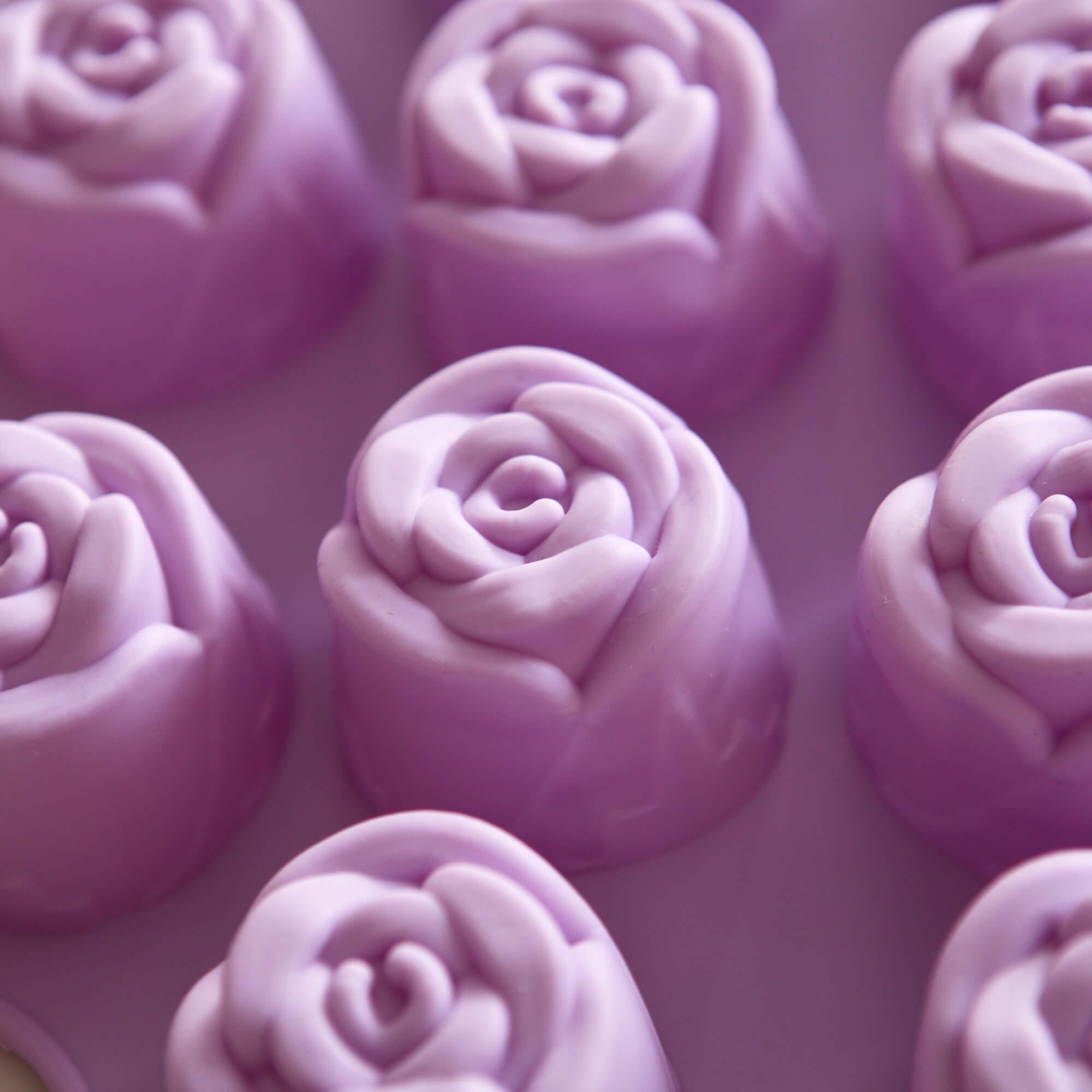 Forma De Bolo Com Formato de Rosas em Silicone REF 2625