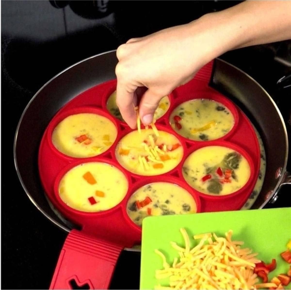 Forma Molde p/ Massas e Ovos - em Silicone 7 Cavidades