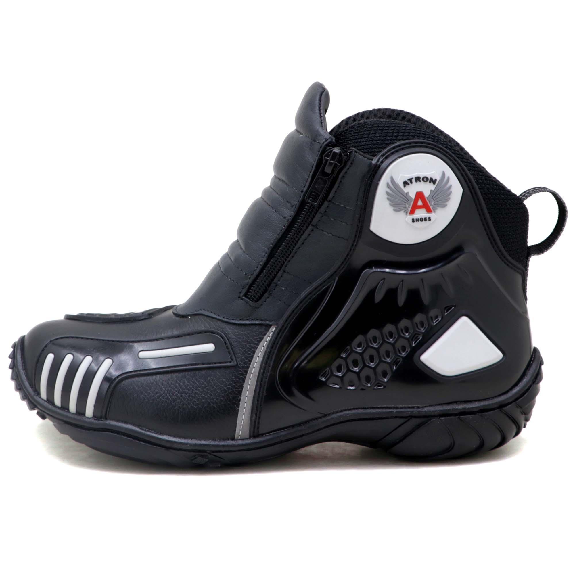 Bota motociclista Atron Shoes AS-HIGHWAY em couro legítimo semi-impermeável emborrachada na cor Preto 407
