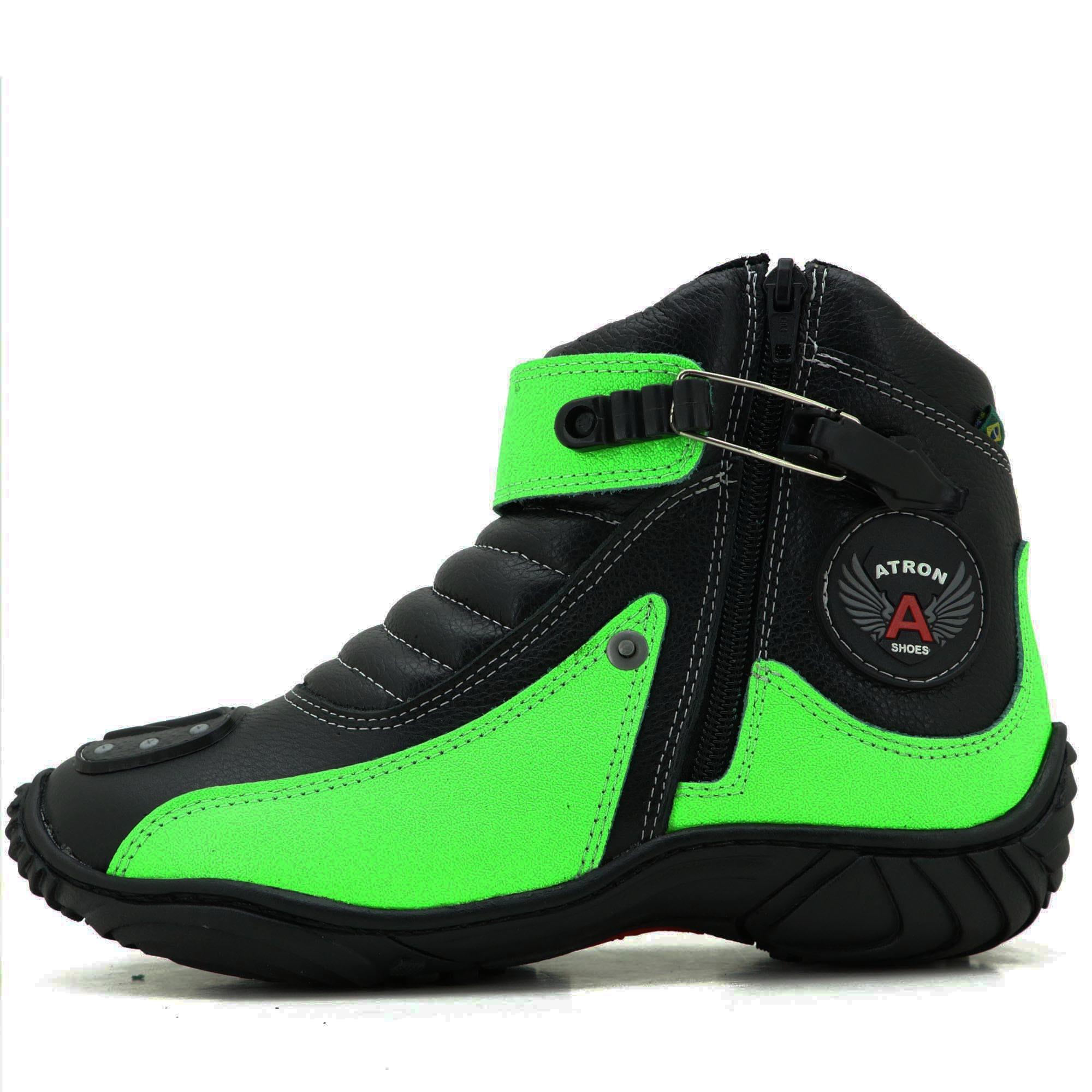 Bota motociclista Atron Shoes preta e verde em couro legítimo 271