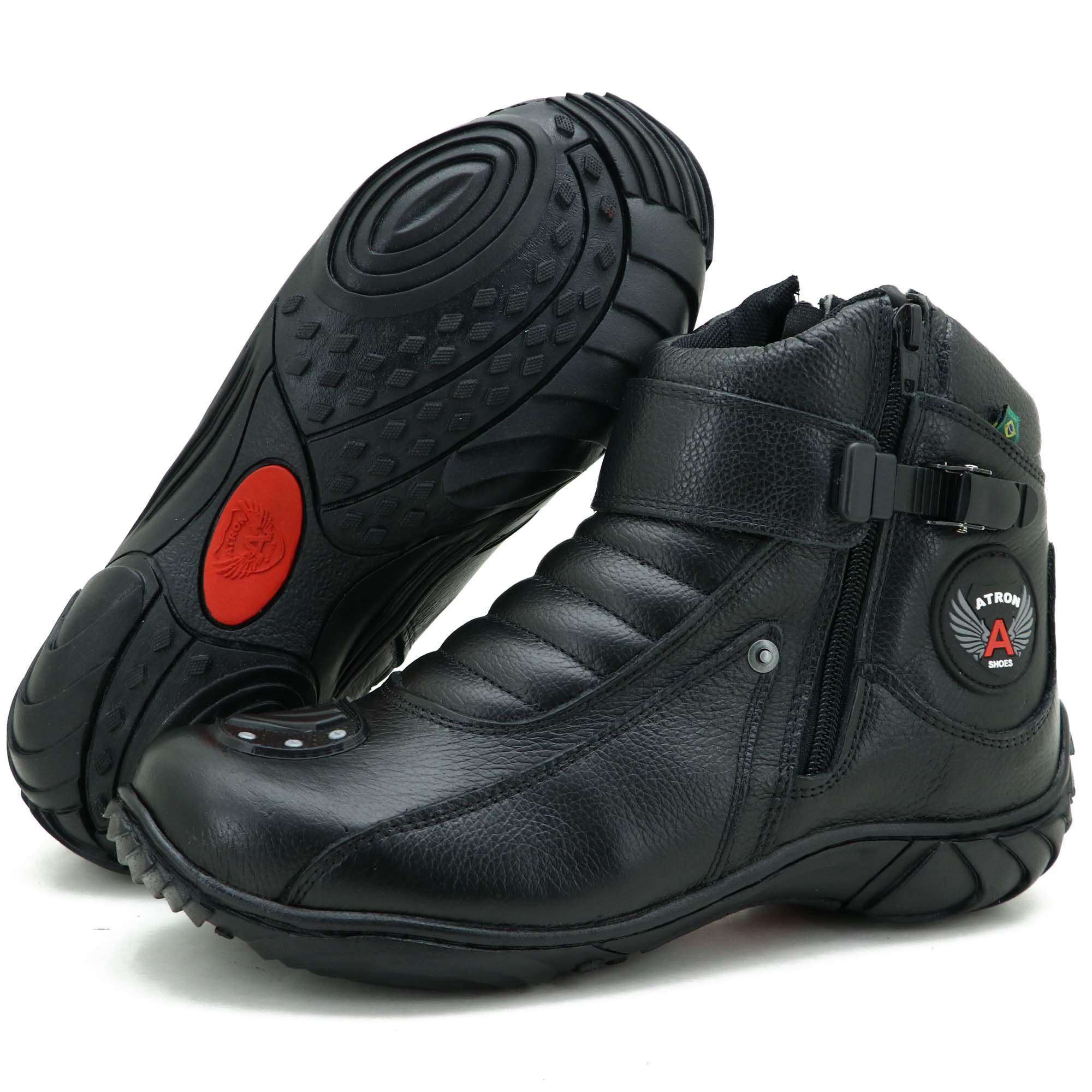 Bota motociclista preta de couro legítimo 271 semi impermeável com chinelo Atron estampado - GRATIS UMA CARTEIRA