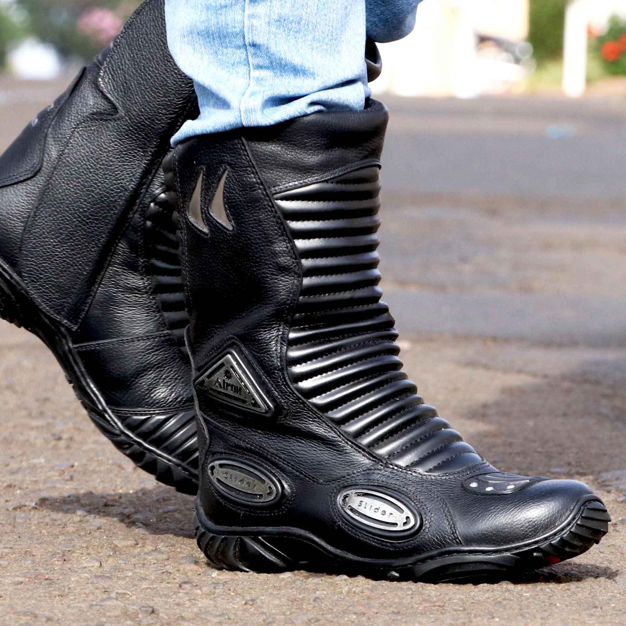 Bota motociclista Stunt em couro legítimo - GRÁTIS 1 CARTEIRA - 300
