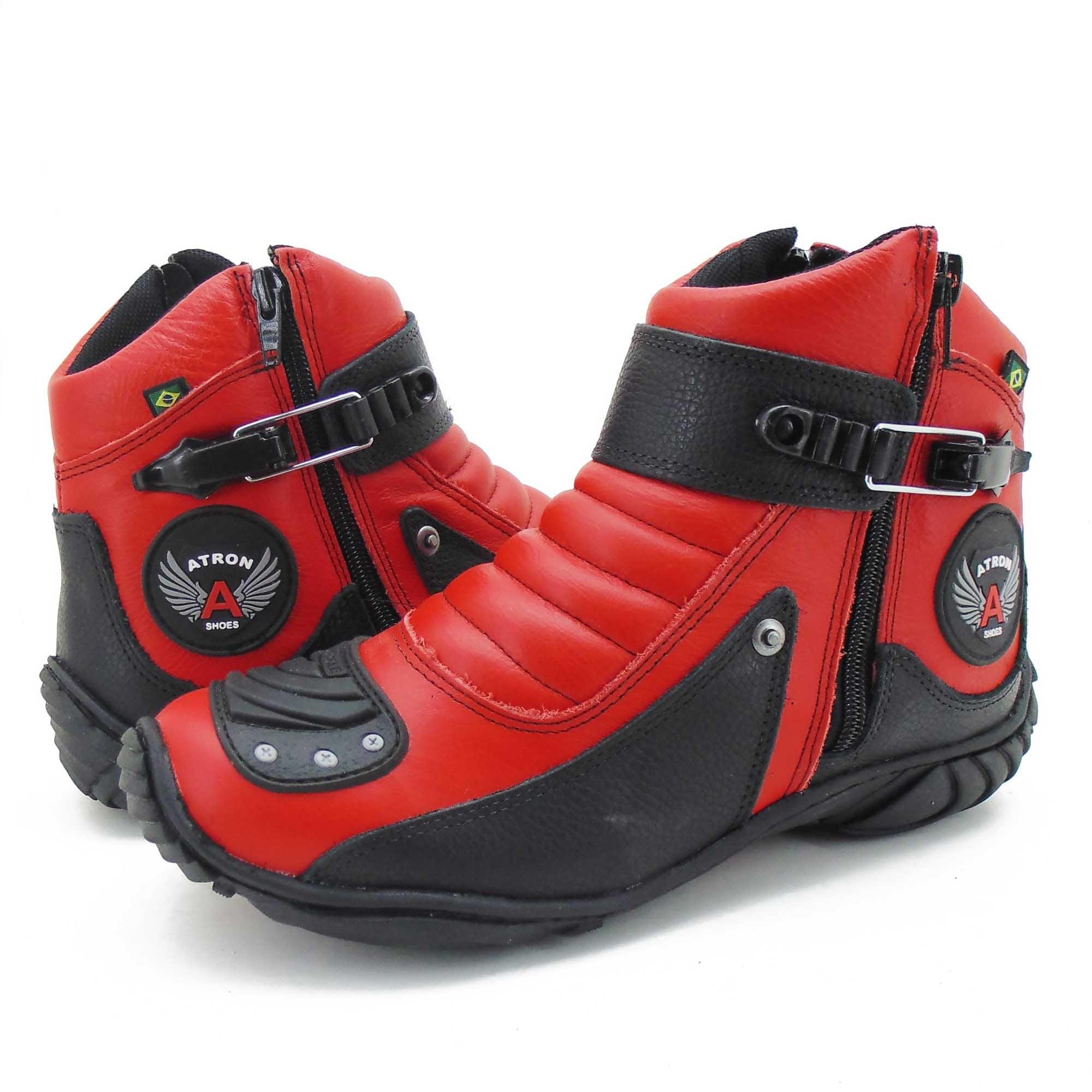 Bota motociclista vermelha e preta de couro unissex 304 com chinelo Atron Shoes e CARTEIRA DE BRINDE