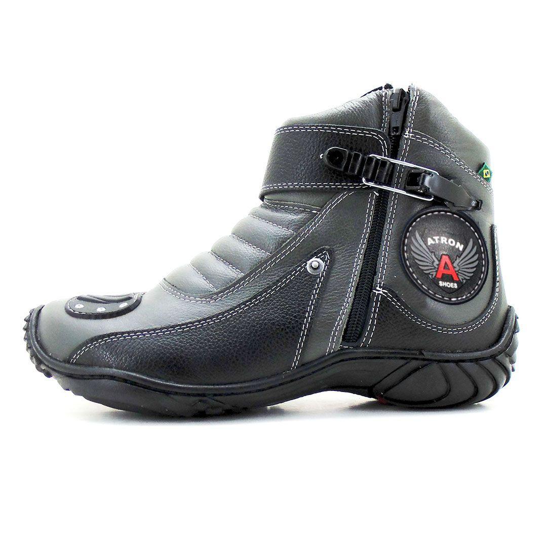 Bota para motociclista em couro legítimo cinza e preto 271 com chinelo estampado GRATIS UMA CARTEIRA