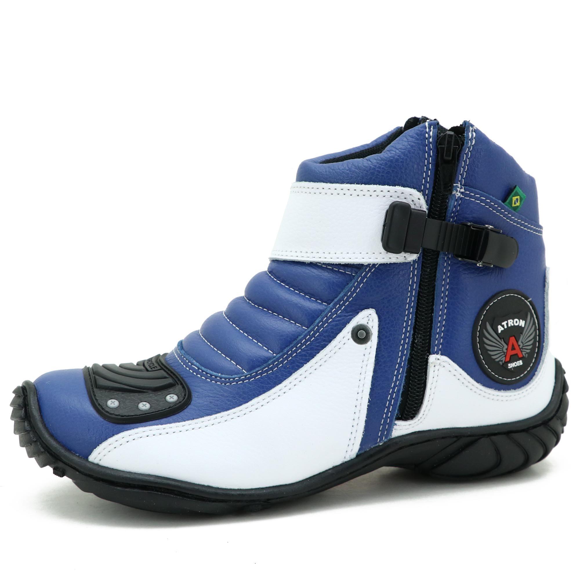 Bota semi impermeável motociclista em couro legítimo azul e branco 271 com chinelo estampado