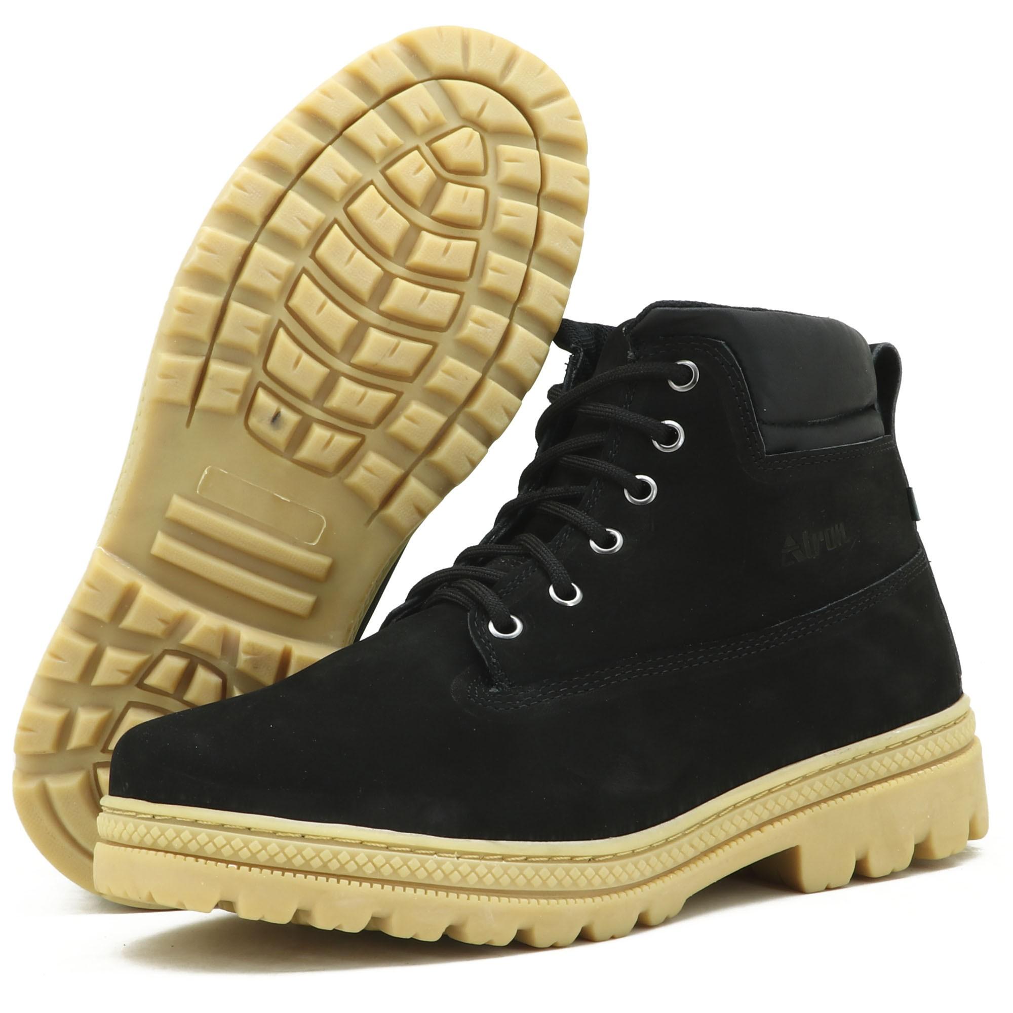 Coturno adventure para trilha em couro legítimo na cor preta kit com chinelo e carteira 256