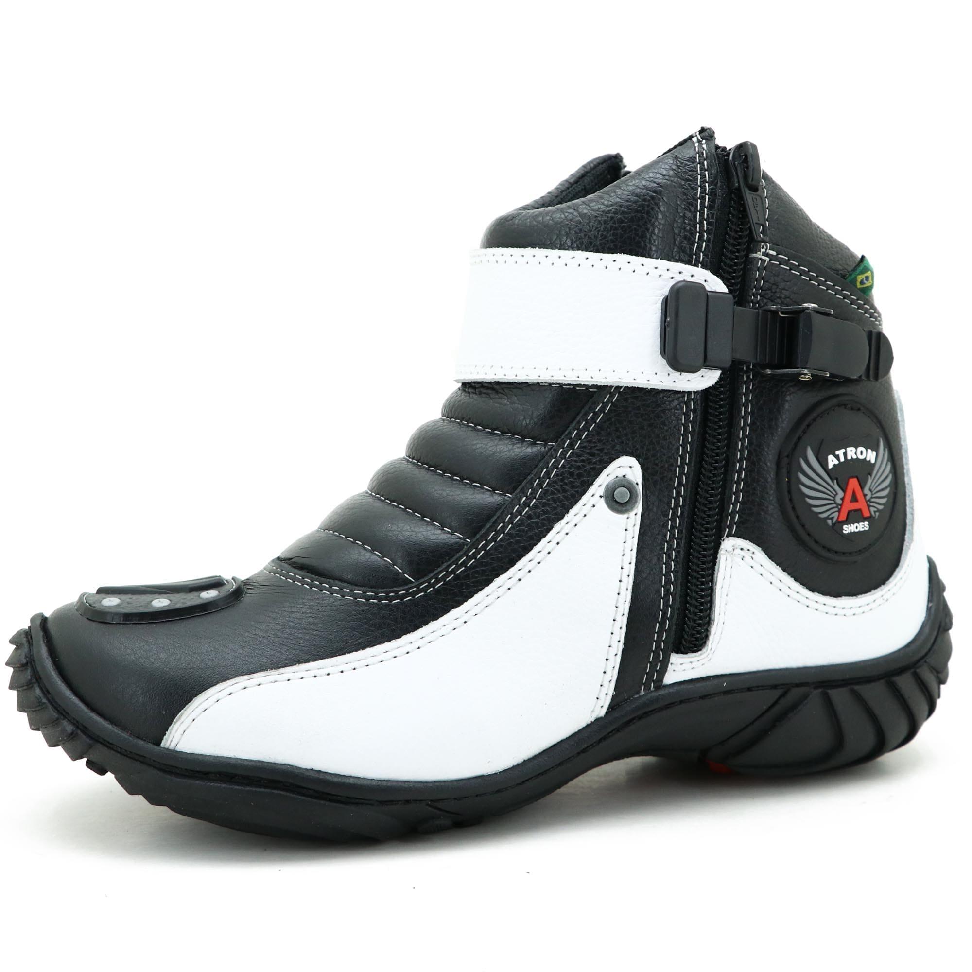 Coturno bota motociclista em couro legítimo preto e branco unissex 271 com chinelo Atron estampado - GRATIS UMA CARTEIRA