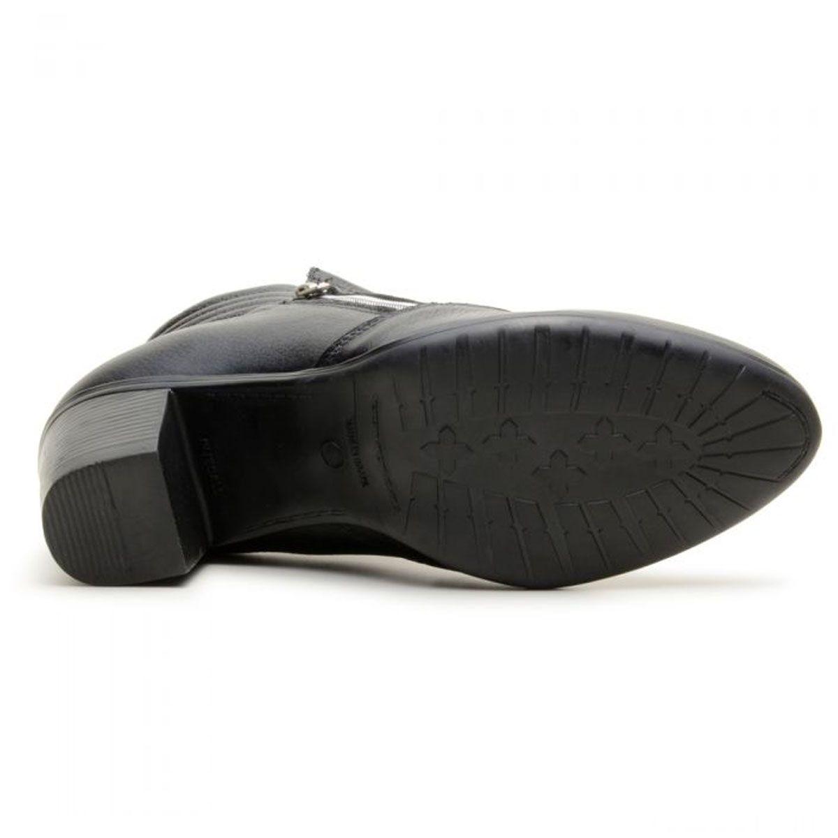 Coturno feminino cano baixo em couro legítimo na cor preta 9205