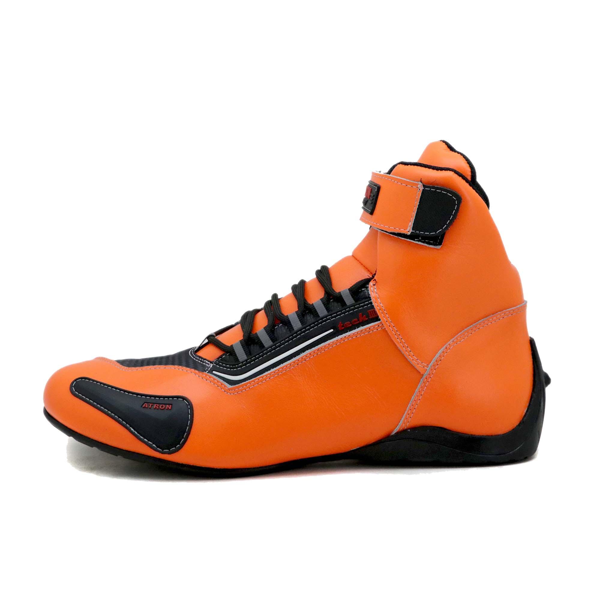 KIT CHINELO Tênis motociclista cano alto de couro legítimo na cor laranja 311