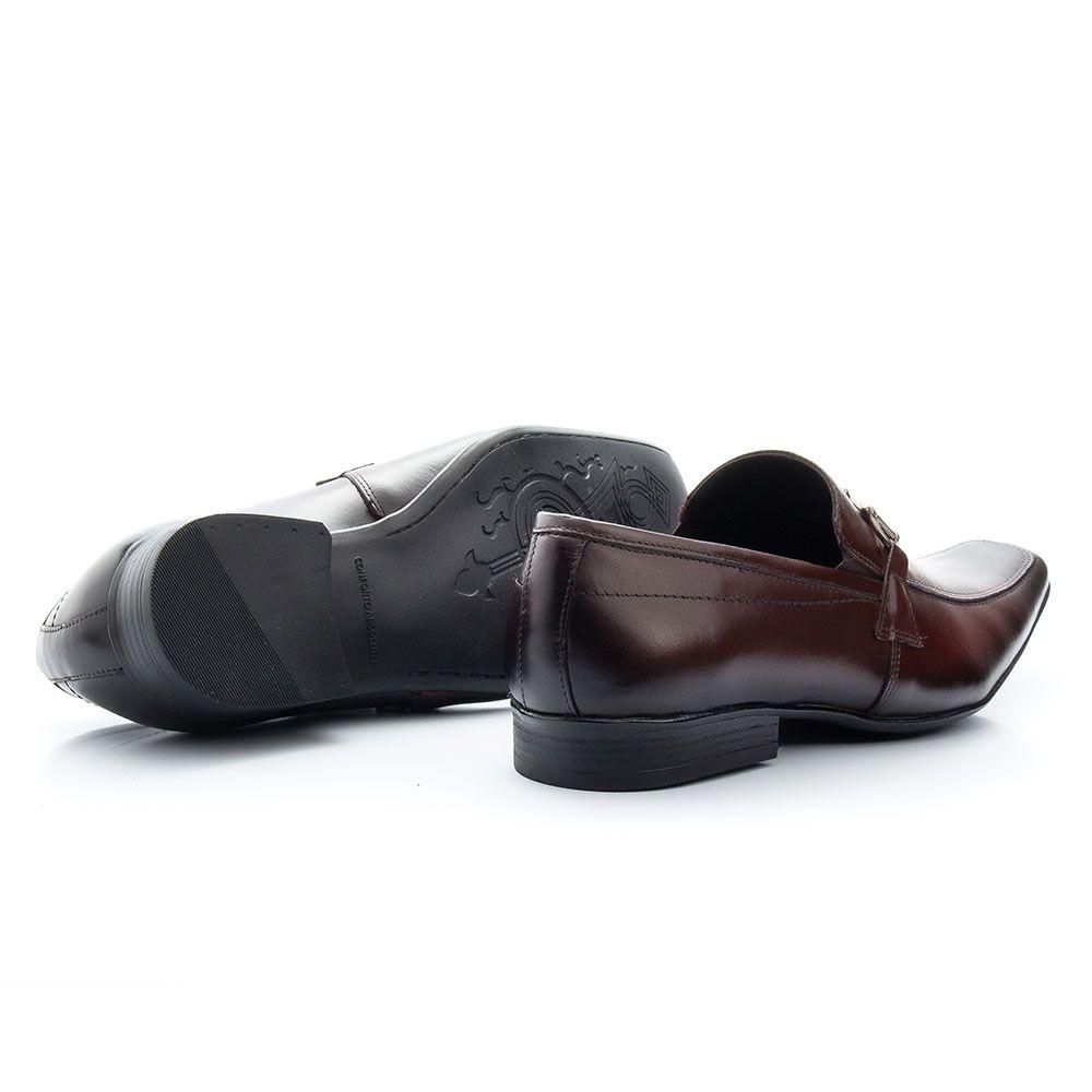 Sapato masculino com fivela social bico fino café 404