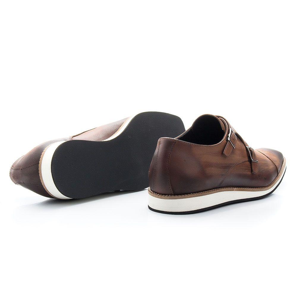 Sapato social whisky oxford em couro com fivela 521
