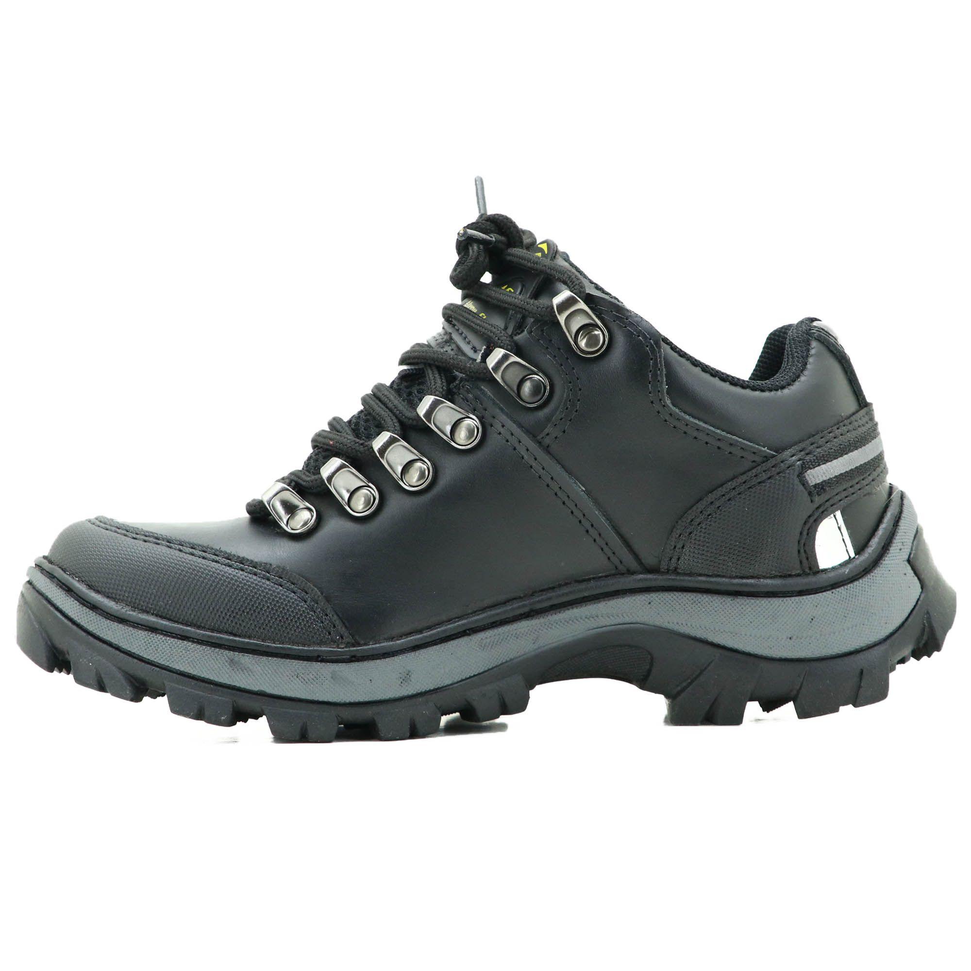 75f4bddc0 Tênis adventure casual em couro na cor preta Atron Shoes 269