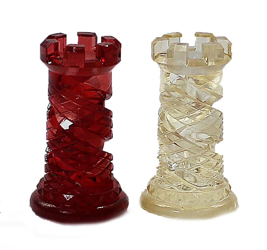 Peças de xadrez em resina translucida - Design criativo  - Dragon Store