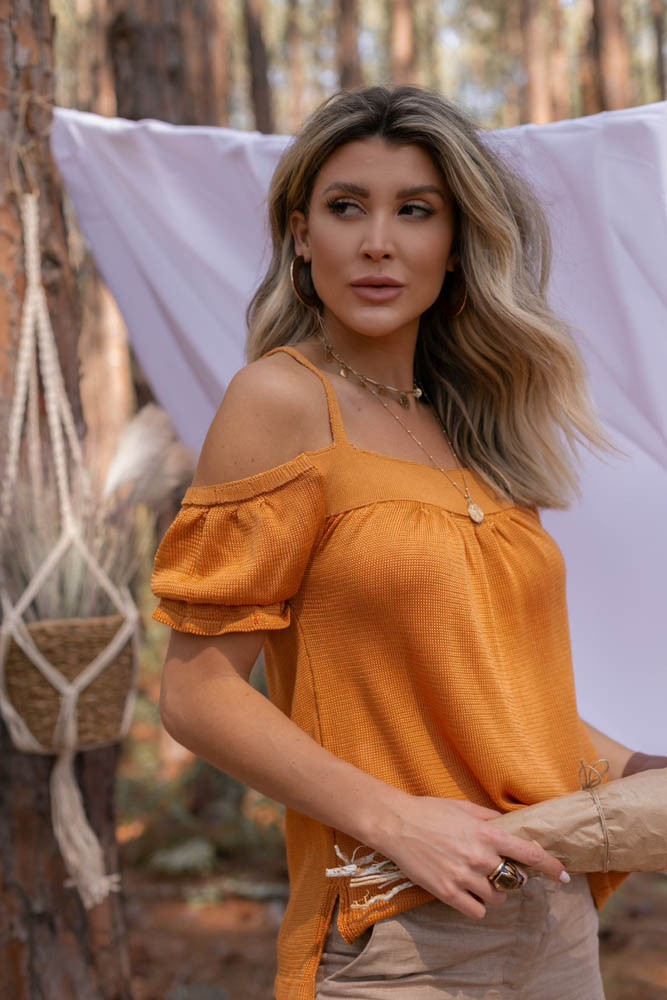 Blusa Bata Feminino Vera Tricot  Ombro a Ombro Com Alcinha Caramelo