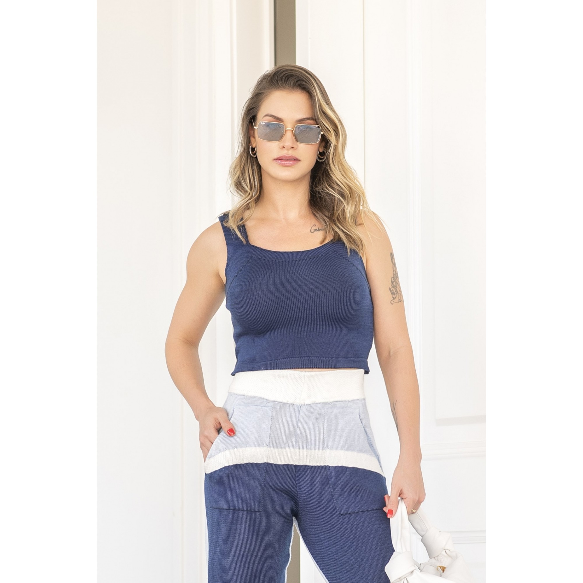 Conjunto Larissa Blusa Cropped + Calça Feminino Vera Tricot Azul Marinho