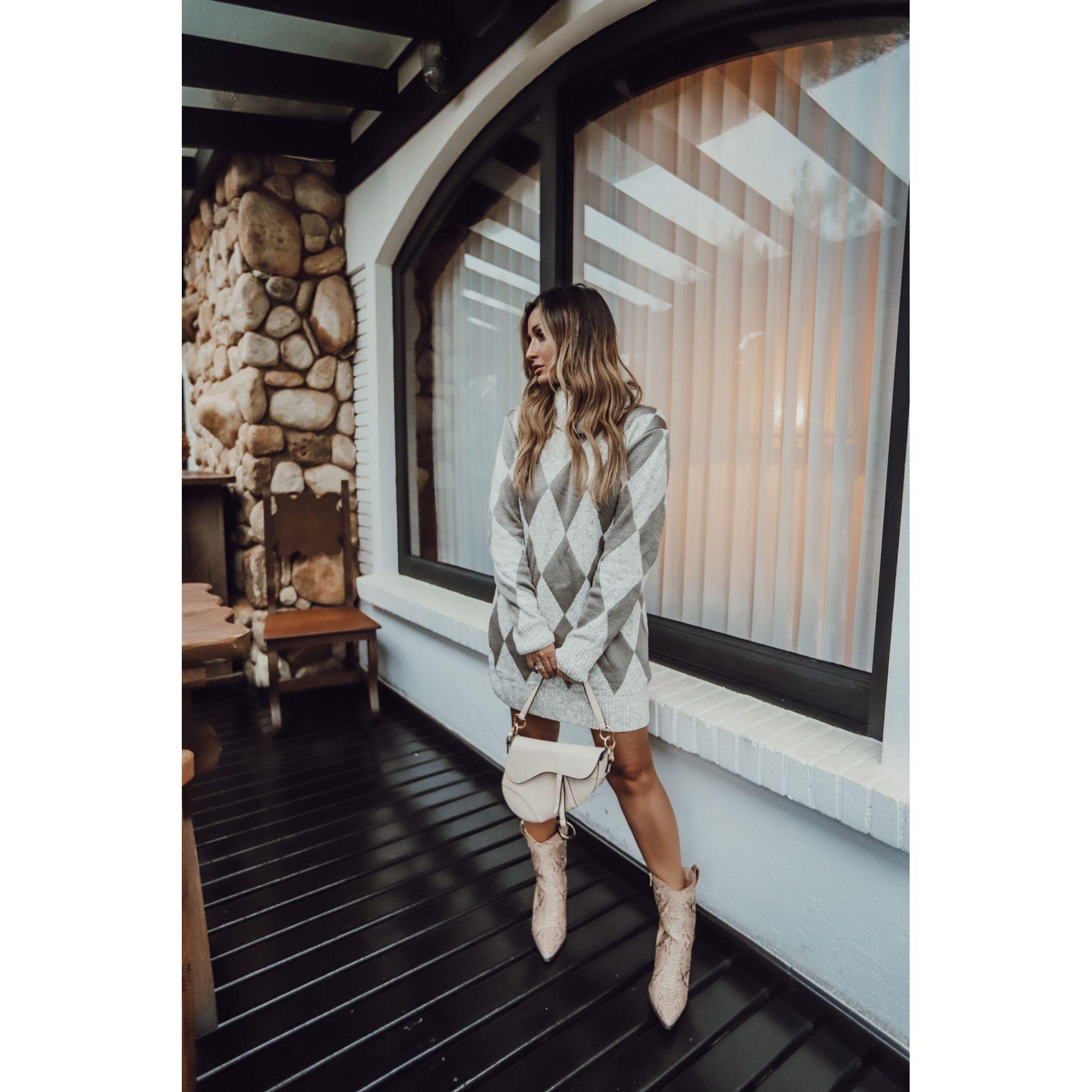 Vestido Curto Manga Longa Vera Tricot Gola Alta Feminino Cinza
