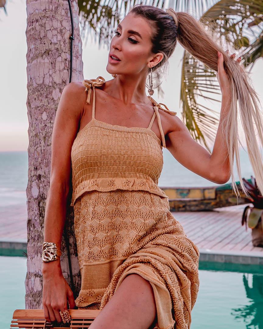Vestido Louise Feminino Vera Tricot Longo Rendado Com Babados Dourado