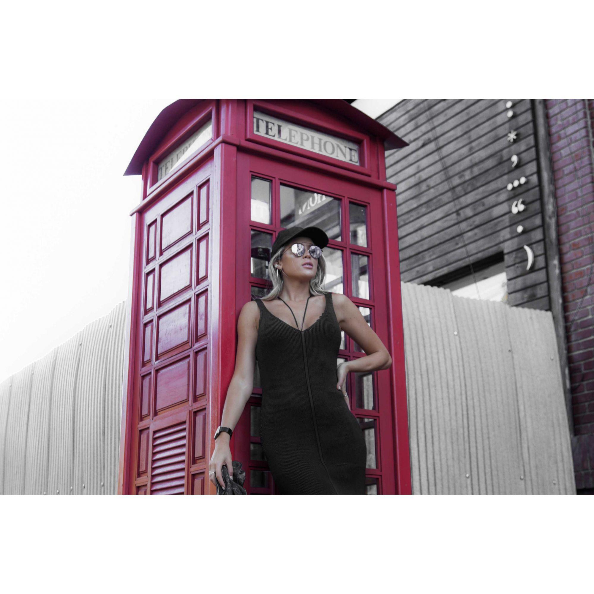 Vestido Midi Decote V Fenda Vera Tricot Feminino Preto