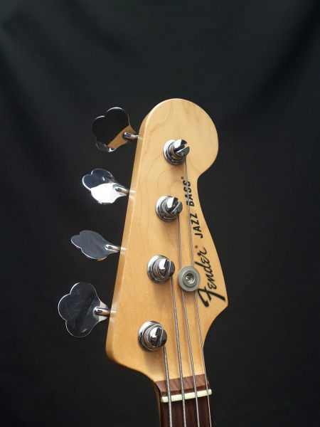 Contra Baixo Fender American Special C/Ponte Badass - Usado