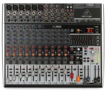 Mesa de Som Behringer - XENYX X1832USB - 110v