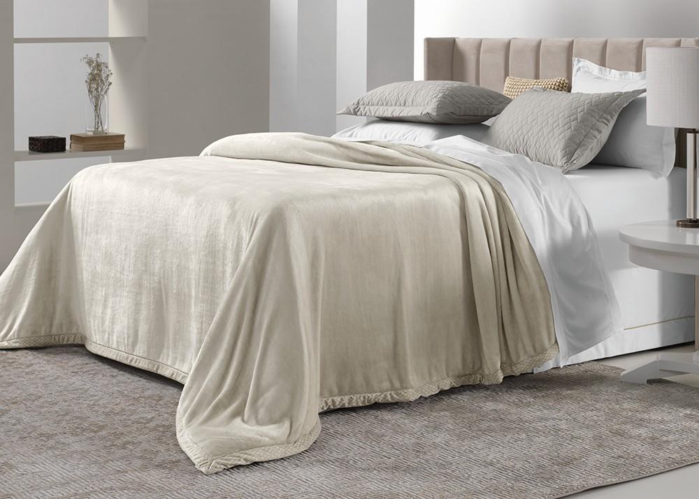 Cobertor Queen Trussardi Piemontesi 100% Microfibra Aveludado