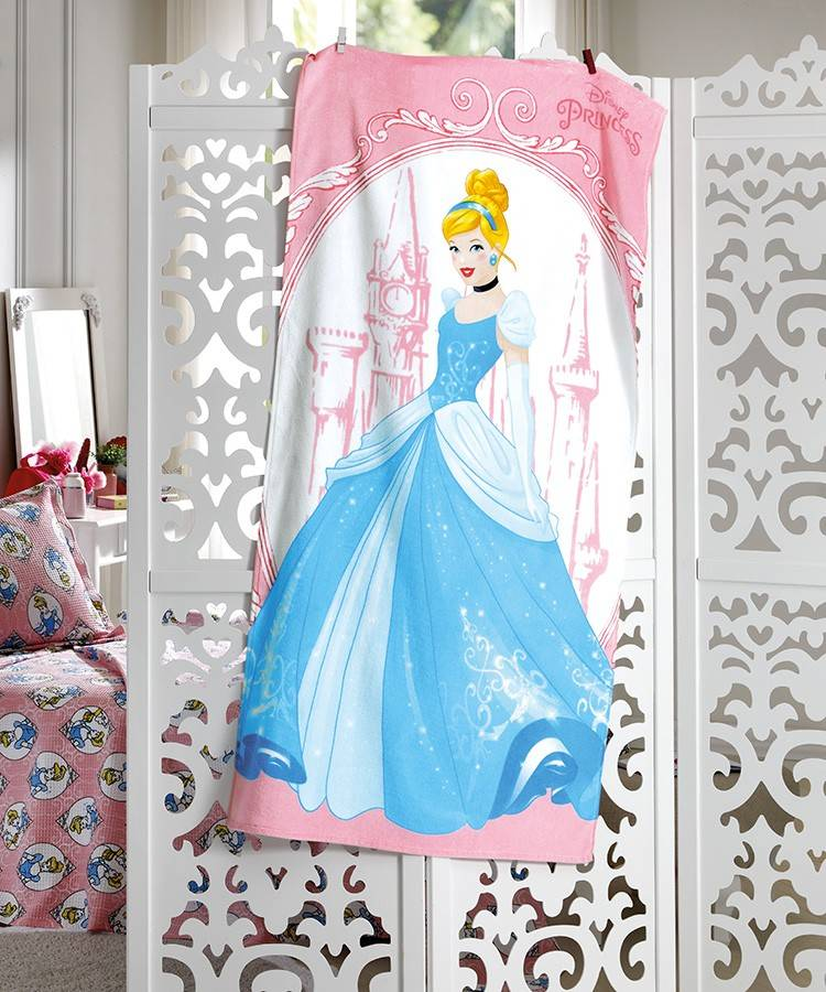 Toalha de Banho Infantil Dohler Cinderella Aveludada 100% Algodão - Gramatura: 370g/m²
