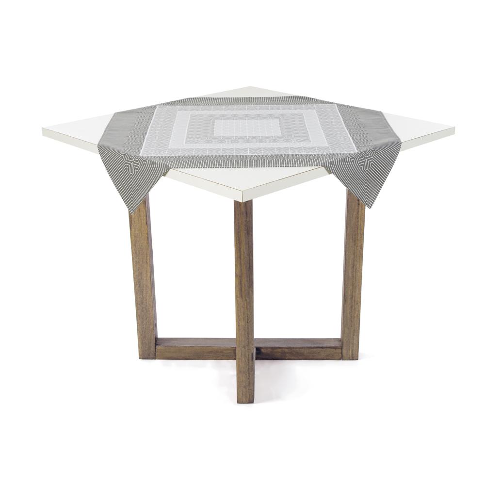 Toalha de Chá / Centro de Mesa Karsten Dalmeni 78cm x 78cm
