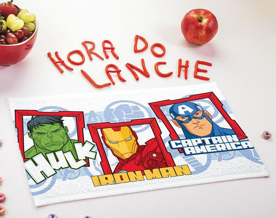 Toalha de Lancheira Infantil  Lepper Estampada Avengers (Vingadores)