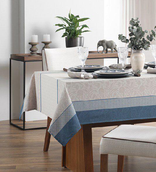Toalha de Mesa Quadrada Karsten Limpa Fácil Ariana 4 Lugares 1,40m x 1,40m