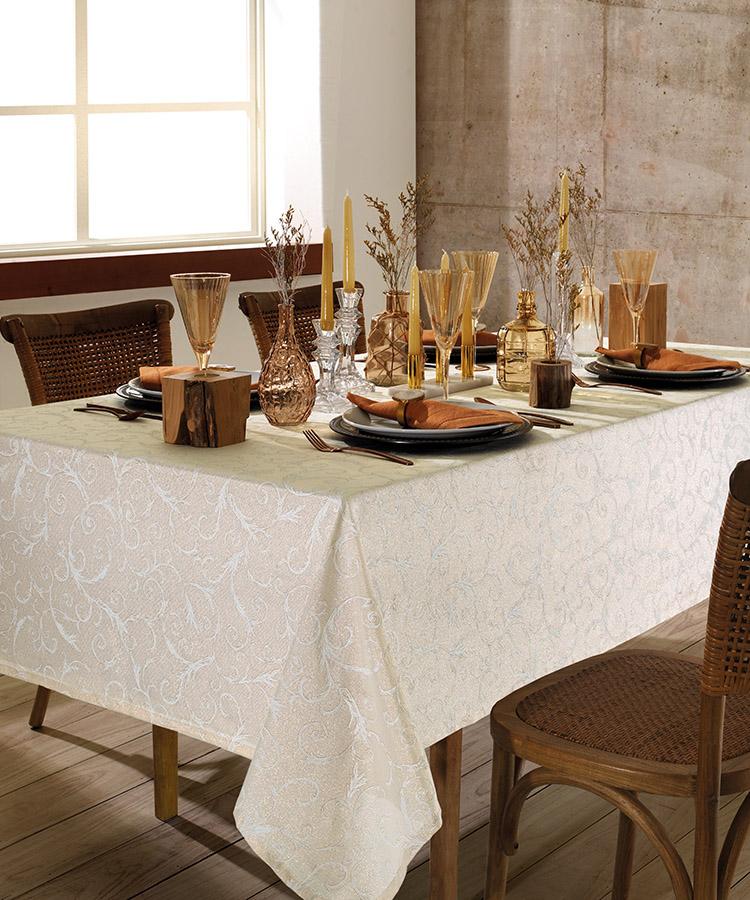 Toalha de mesa Retangular Dohler Celebra Festas 8 Lugares 1,60m X 2,40m