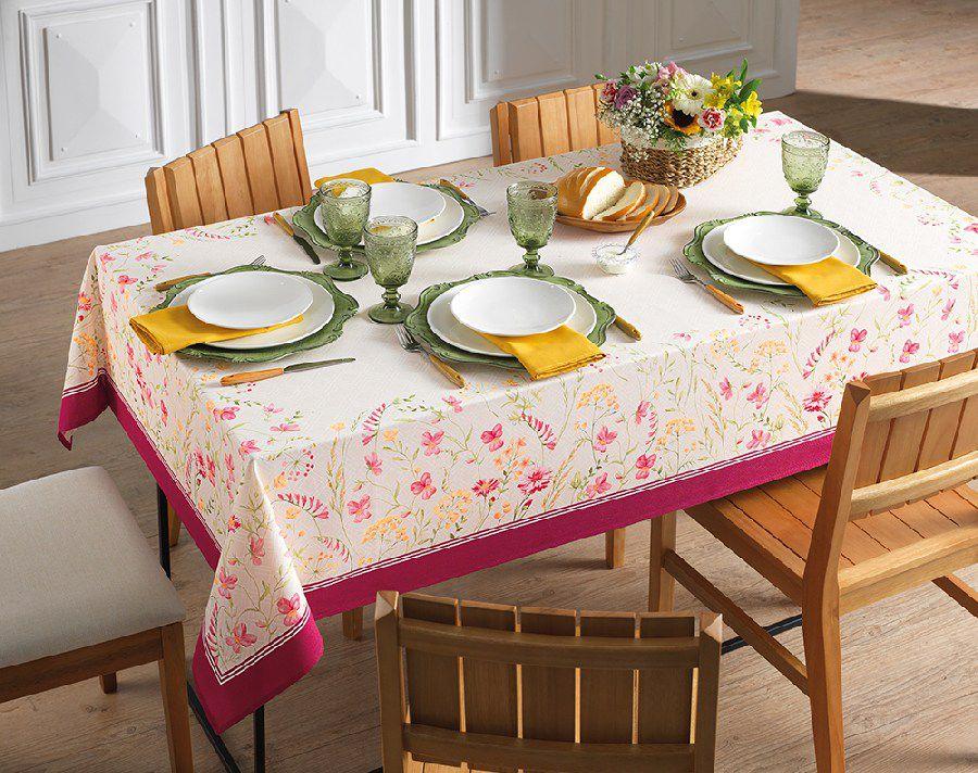 Toalha de Mesa Retangular Karsten Antiformiga Flores do Campo 8 Lugares 1,40m x 2,50m