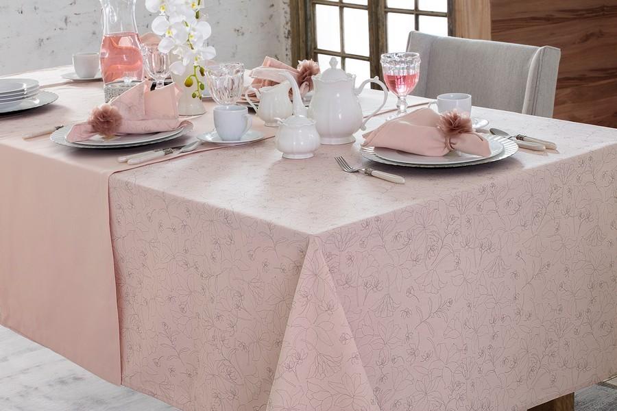 Toalha de Mesa Retangular Naturalle Passione Rosa Limpeza Prática 8 Lugares 1,60m x 2,50m