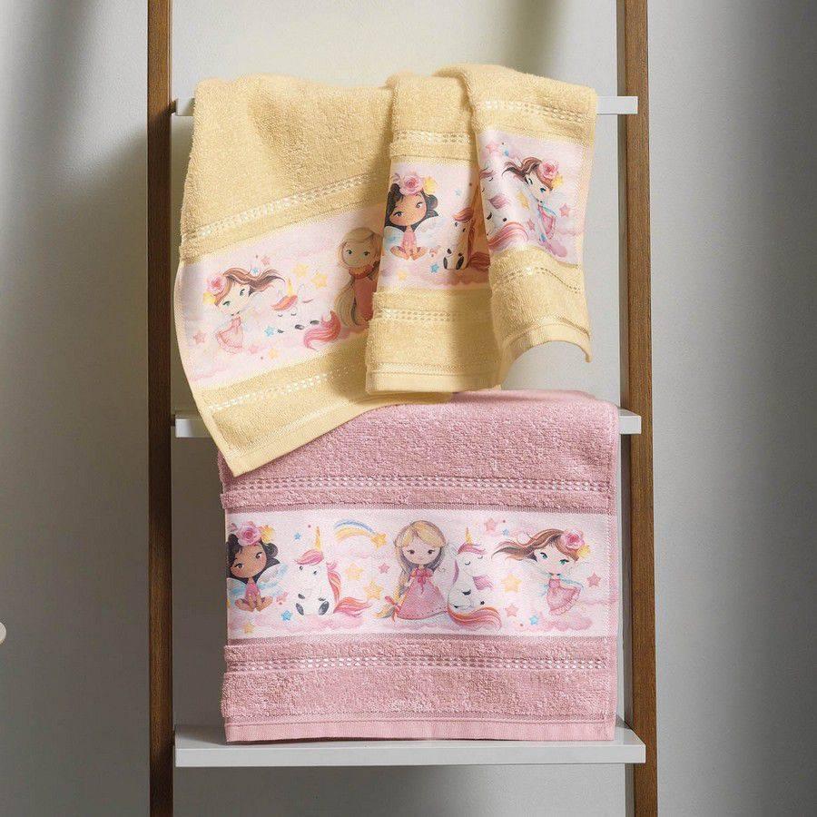 Toalha de Rosto Infantil Karsten Encantada Princesas e Unicórnios  - Gramatura: 380g/m²