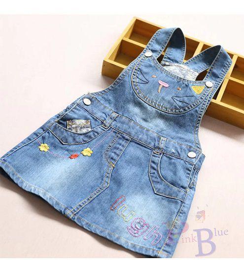 Jardineira jeans gatinha