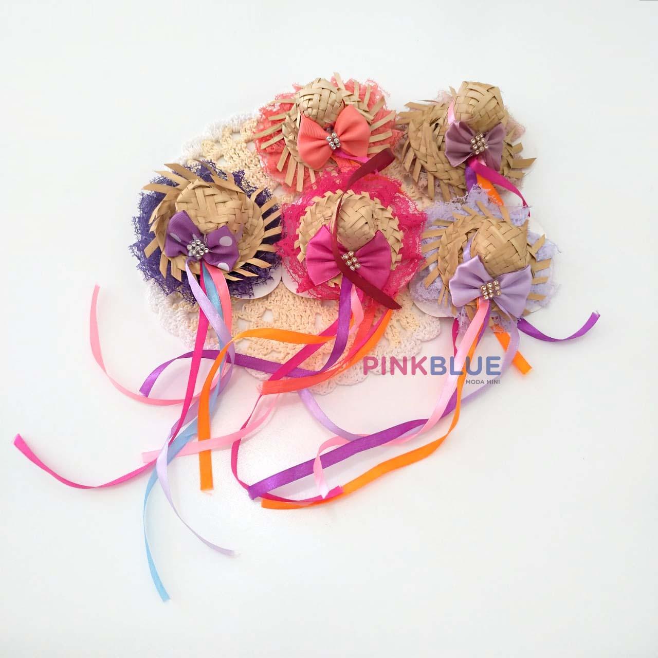 Mini chapeuzinho junino no bico de pato