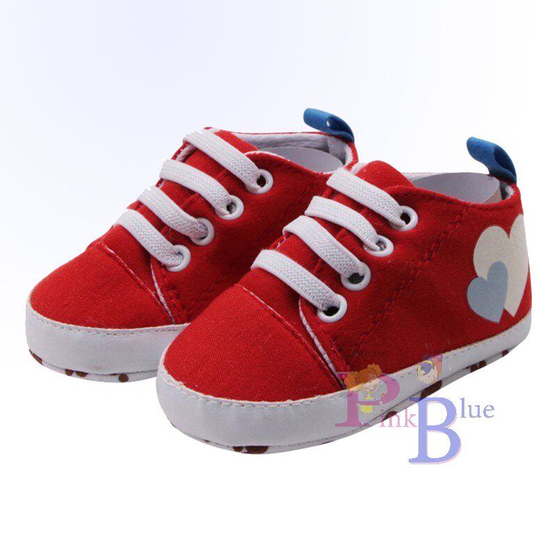 Tênis sapatinho vermelho coração