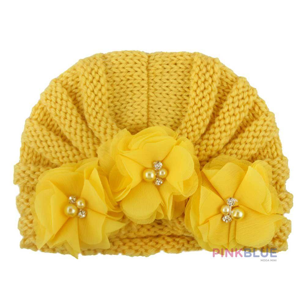 Touca tricot com flores